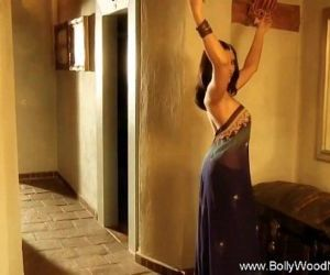 Indian Dancer Erotic MILF -..