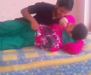 indian amateur bhabhi hookup..