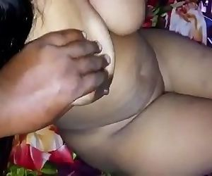 Horny Desi thick boobs wife..